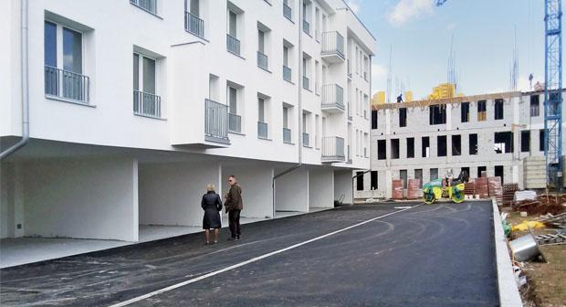 Prva zgrada predviđena za smeštaj izbeglica spremna za useljenje
